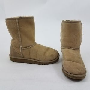 UGG Boots Classic Short 5 Tan Beige Leather Suede